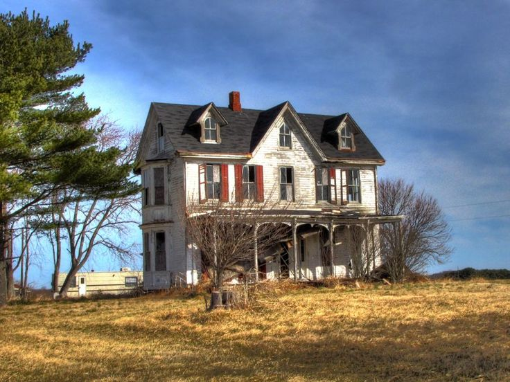 Top 6 photos ideas for gothic revival farmhouse home for Gothic revival farmhouse