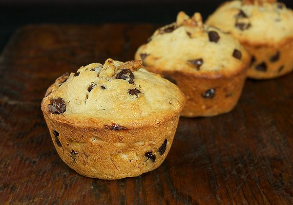 Banana Chocolate Chip Muffins | Cupcakes, Cake Pops & Muffins | Pinte ...
