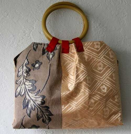 Placemat Purse : Free Purse Pattern and Tutorial - Pleated Placemat Purse