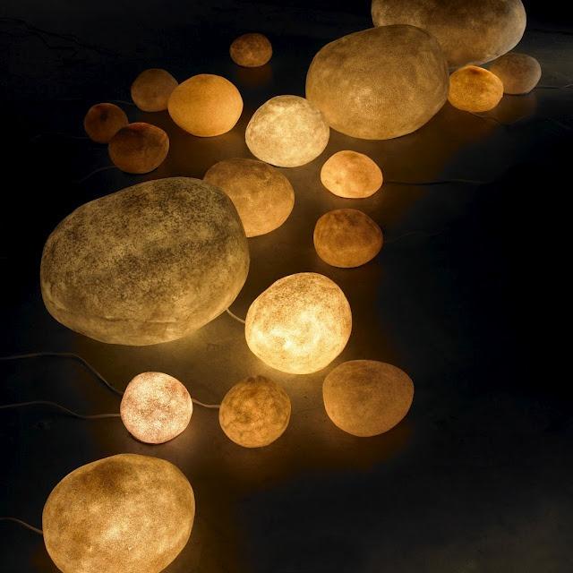 Luminous moon rock sculpture lamps lumiere pinterest for Rock lamp
