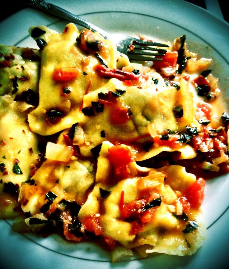Gluten Free Beef Ravioli w/Tomato, Basil, Onion & Garlic