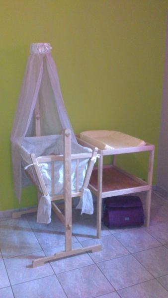 Berceau b b et table langer l 39 air du bois pinterest for Berceau table a langer