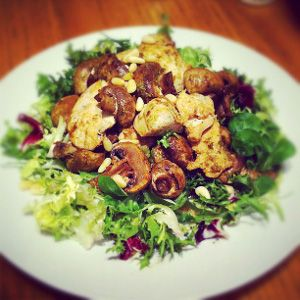 ... sauce.Fried chicken breasts with mushrooms,artichokes,broccoli and