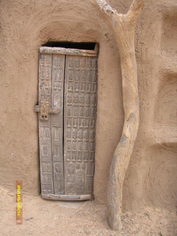 Dogon door