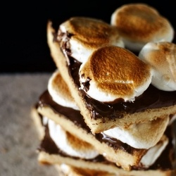 Toasted Marshmallow Squares with Nutella | Favorite Recipes | Pintere ...