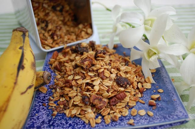 Two Sisters: The Recipes: Pecan Cherry Granola...it's what's for ...