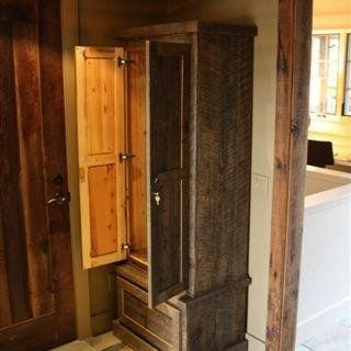 Pallet wood gun cabinet