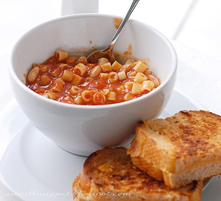 Fall weekend lunch idea! Spicy tomato soup and grilled cheese.