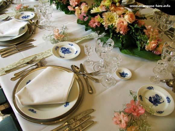 Victorian place set wedding ideas pinterest for Edwardian table setting