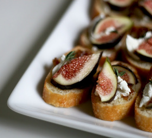 Fig and goat cheese crostini. Love figs, wish I could get some fresh ...