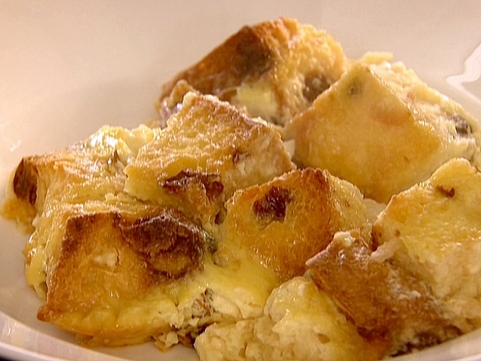 "Panettone Bread Pudding ~ As Ina Garten might say, ""How bad could that ..."