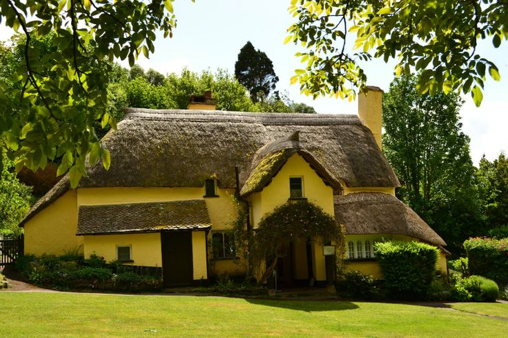 Cob Home With Thatched Roof In Devon Uk Home Pinterest
