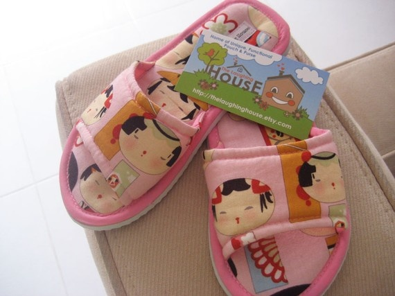 SALE Bedroom/Home Slippers Yui Kokeshi in Pink by thelaughinghouse, $9