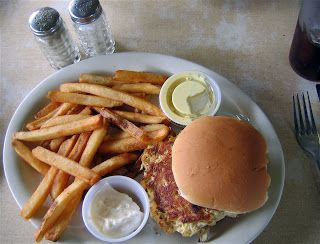 Take It or Leave It: Eastern Shore Crab Cakes
