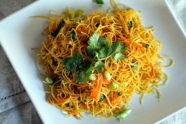 Singapore Noodles | Vegetarian Recipes | Pinterest