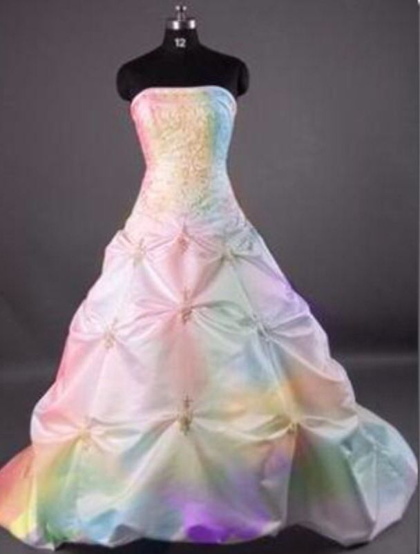 Iridescent wedding dress | Wedding | Pinterest