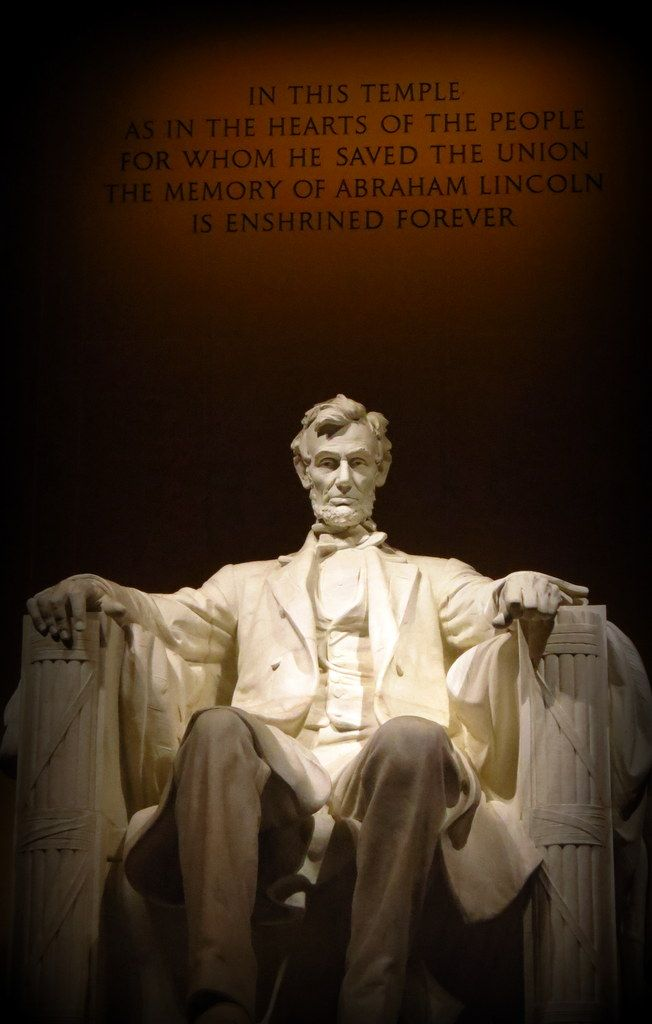 Abraham Lincoln Statue Washington DC