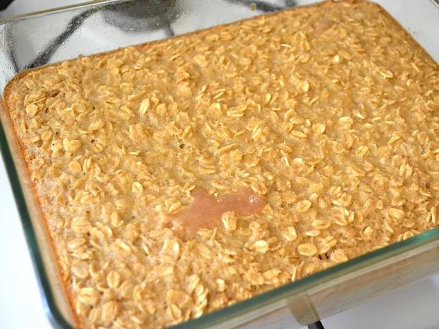 baked apple pie oatmeal | Breakfast | Pinterest