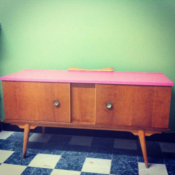 Upcycling Renew old furniture Home Sweet Home