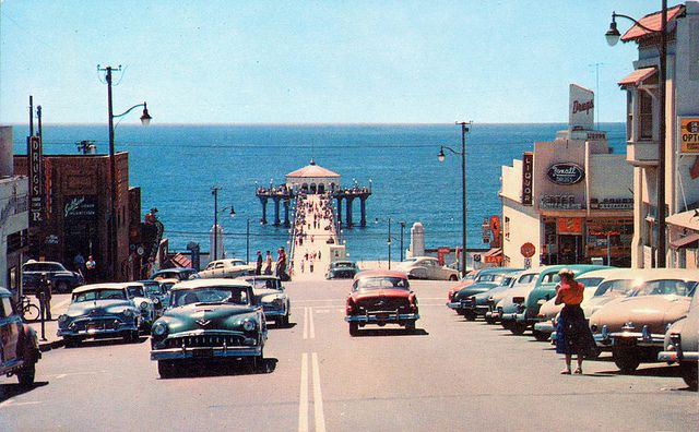 Manhattan Beach, CA 1950's The first beach I remember going to with my ...