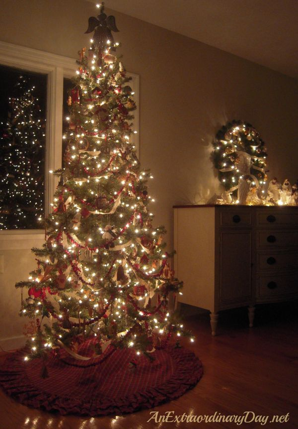 Old Fashion Christmas Trees Decorated Photograph Tree Deco