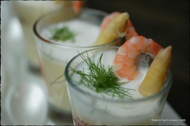 The Kitchen Lioness: FFwD: White Asparagus Soup - Crème d´asperges