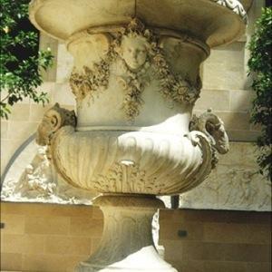 Versailles Urn