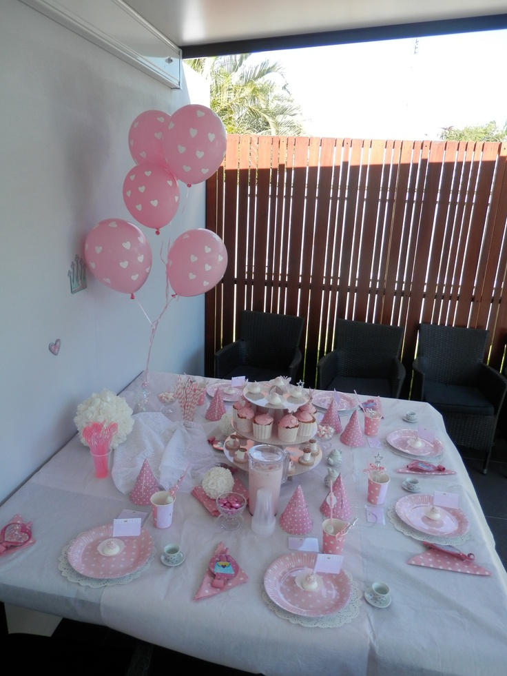 Princess tea party table setting kids party ideas for Party table setting