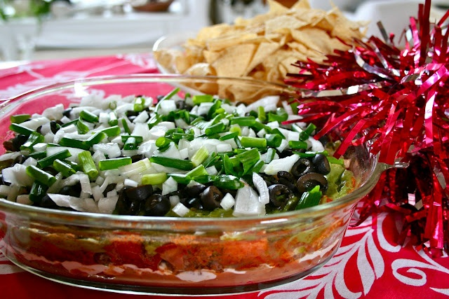 layered taco dip. | food & drink | Pinterest
