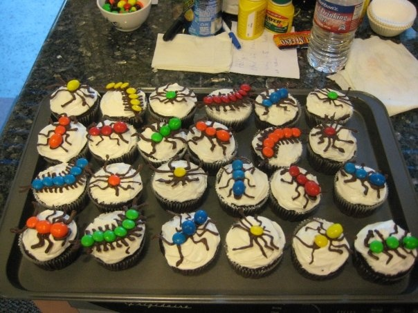Creepy Crawler Halloween Cupcakes Recipe — Dishmaps
