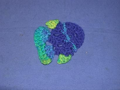 Free Crochet Fish Coaster Pattern : FREE pattern: Tropical Fish Coaster Sea Life (mostly ...