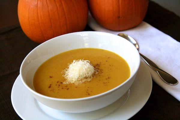 Pumpkin Soup with Gruyere | nom. nom. nom. | entrées ♥ | Pinterest
