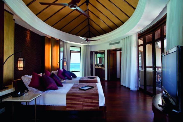Honeymoon Decoration In Maldives : Constance Halaveli Maldives Resort in the Maldives  HomeDSGN, a daily ...