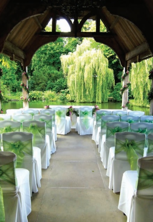 Who said you can 39 t have a beautiful outdoor wedding in the for Beautiful places for a wedding