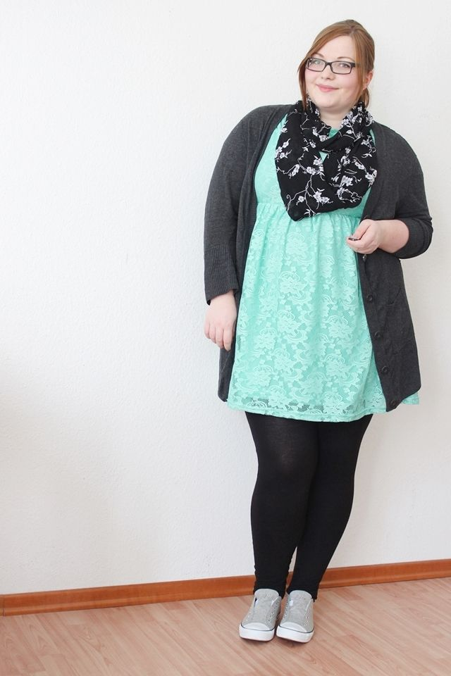 how to wear leggings with dresses plus size