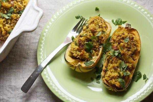 Curry stuffed delicata squash. | grub// | Pinterest