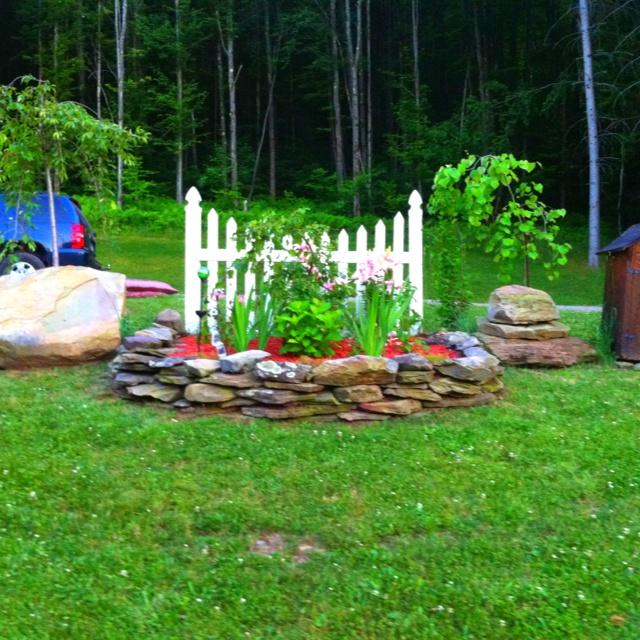 Flower Bed Fencing : flower beds