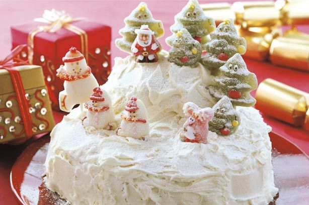 Christmas cake with royal icing Recipe