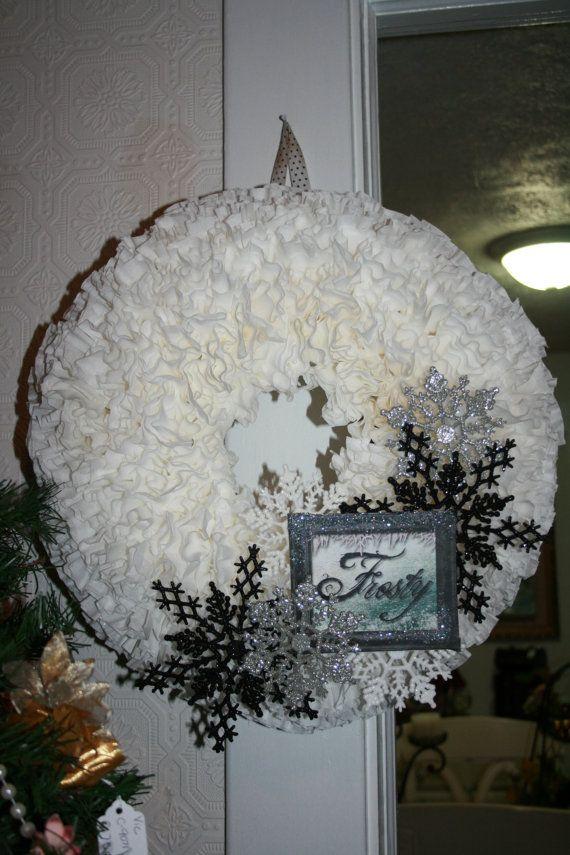 Coffee filter wreath | Merry Christmas | Pinterest