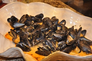 Steamed Mussels! Thai Style! | Cooking yummies! | Pinterest