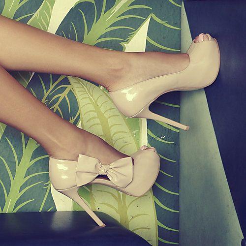 beats by dr dre earphones adore  shoes