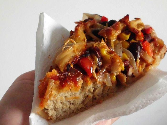 Chicken Fajita Pizza | www.pinkrecipebox.com