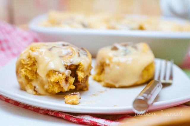 Quick Pumpkin Cinnamon Rolls with Maple Cream Cheese Frosting | Recipe
