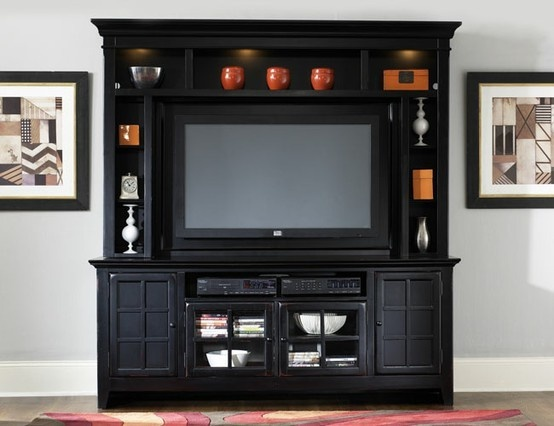 Entertainment center ideas casual cottage for Decorating entertainment center ideas