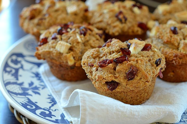 Big Beautiful Bran Muffins with Cranberries and White Chocolate | Rec ...