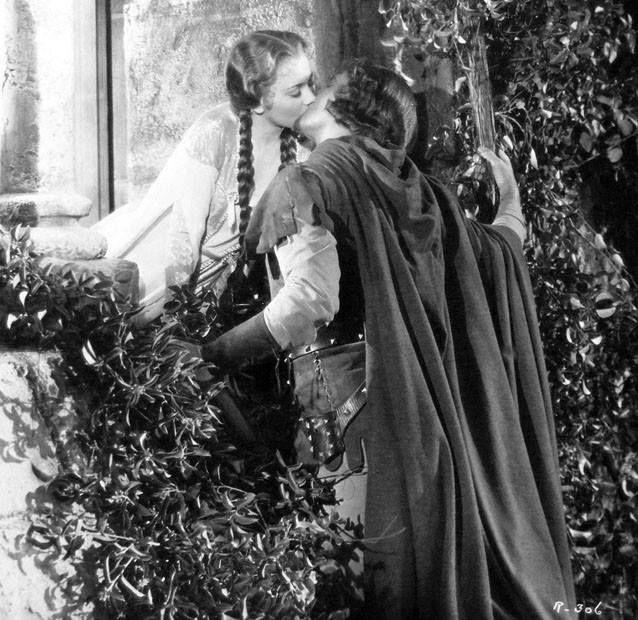 Olivia De Havilland and Errol Flynn | Olivia De Havilland ...