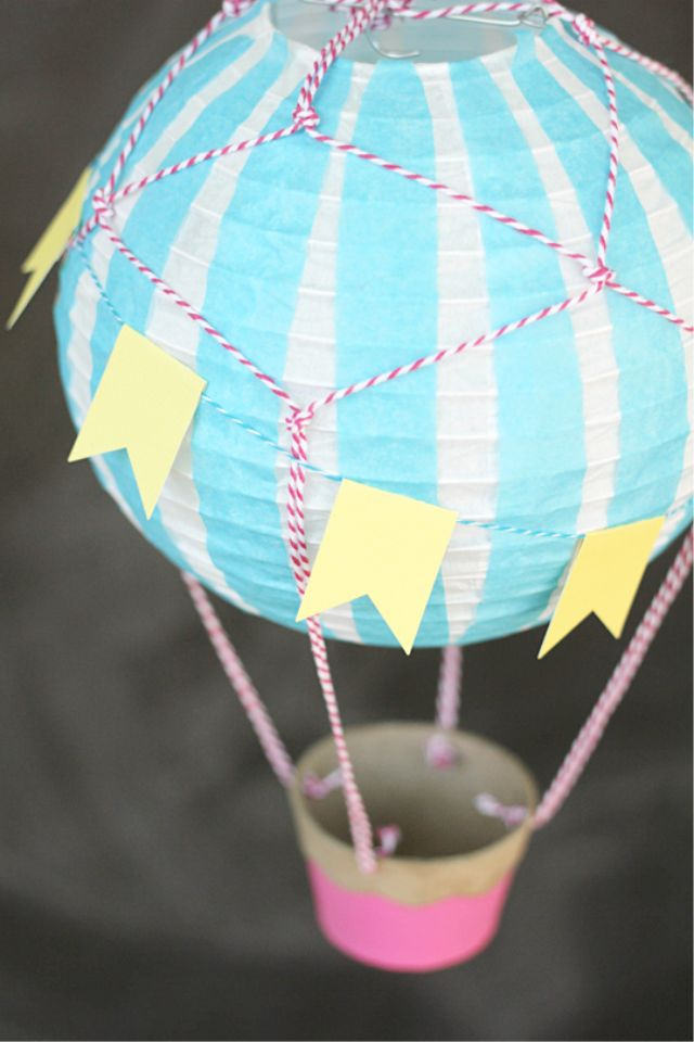 Diy hot air balloon decoration wes decor pinterest for Balloon decoration ideas diy