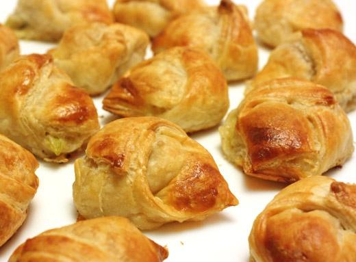 Mini artichoke turnovers | Appetizers | Pinterest