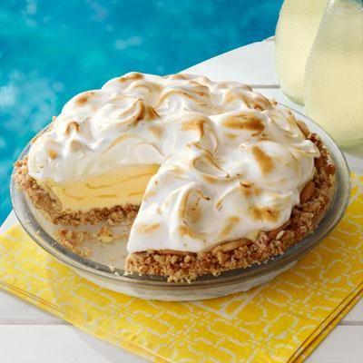 Lemon Meringue Ice-Cream Pie is the perfect poolside treat! # ...