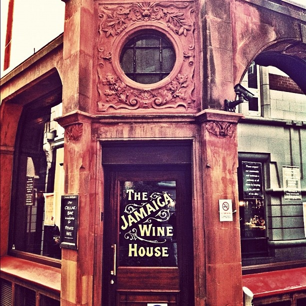 Brokers wine bar london
